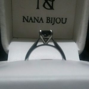 Sz 4.5 ~ 1 ct black diamond in titanium e-ring